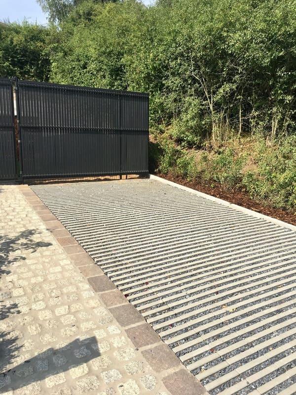 Aménagement extérieur Luxembourg construction métallique 7