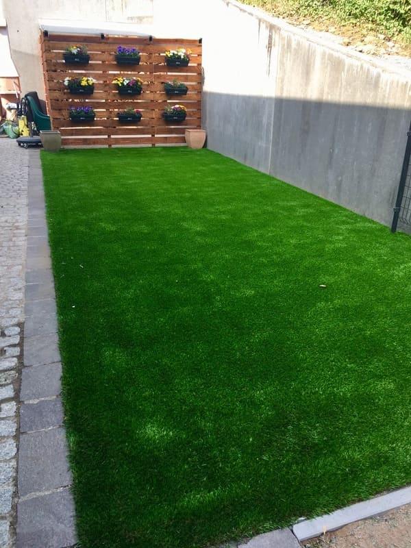 Jardinier au Luxembourg construction abri de jardin 50
