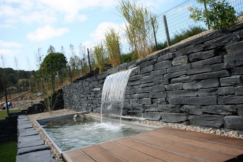 Aménagement extérieur Luxembourg bassin point d'eau 14