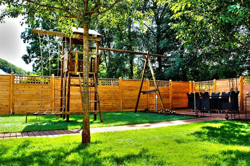 Engazonnement jardin + aménagement au Luxembourg