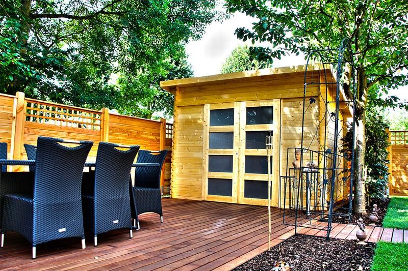 Jardinier au Luxembourg construction abri de jardin en bois 14