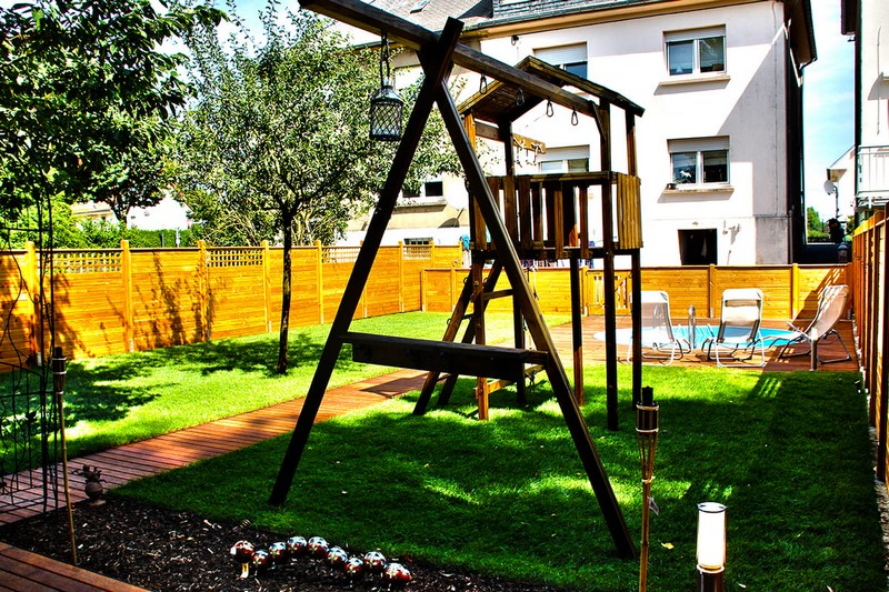 Jardinier au Luxembourg construction abri de jardin en bois 18