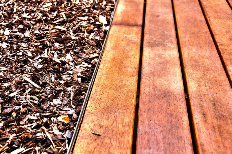 Jardinier au Luxembourg construction abri de jardin en bois 31