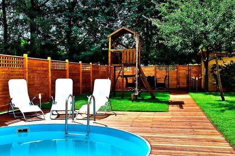 Jardinier au Luxembourg construction abri de jardin en bois 44